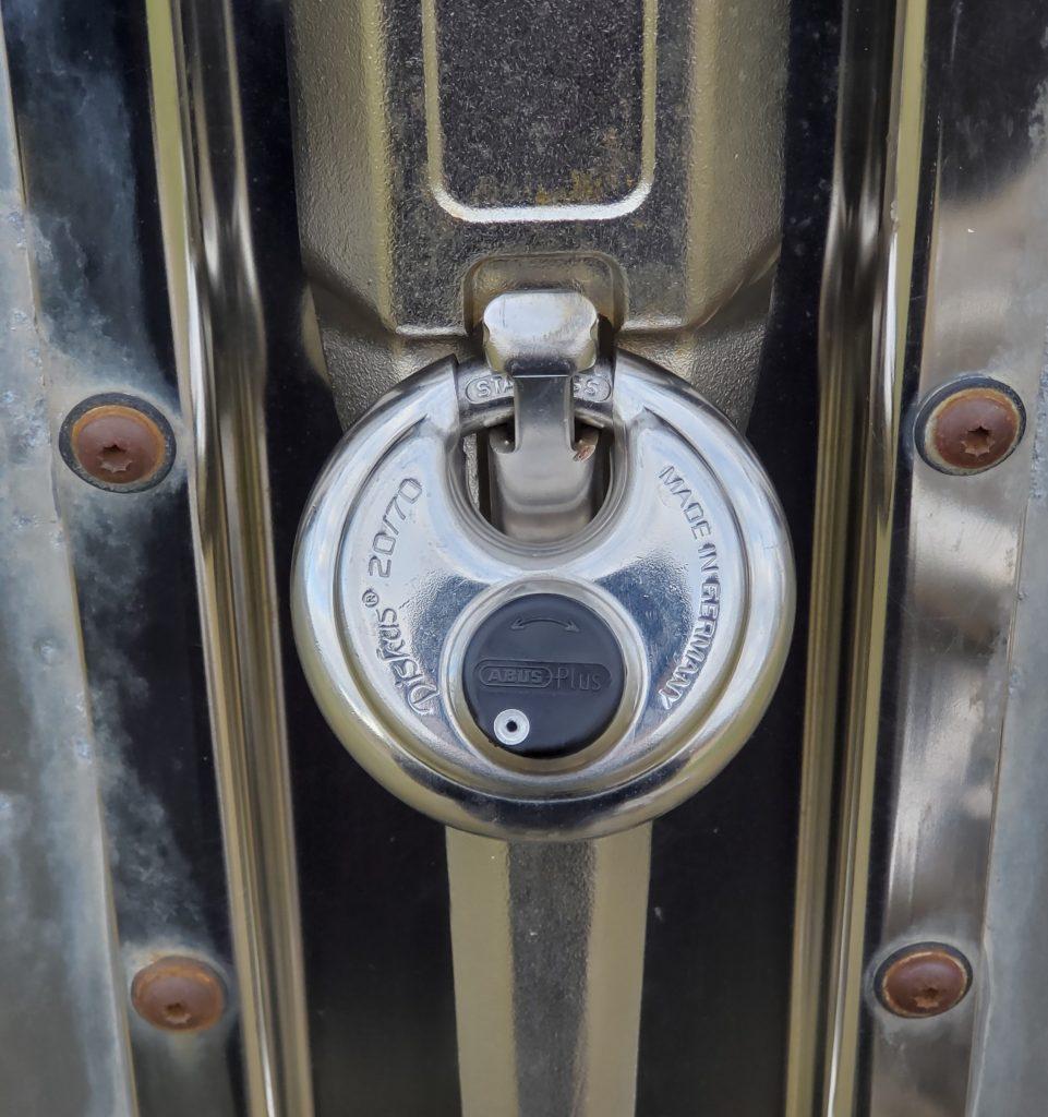 ABUS 20/70 Diskus padlock on snowmobile trailer