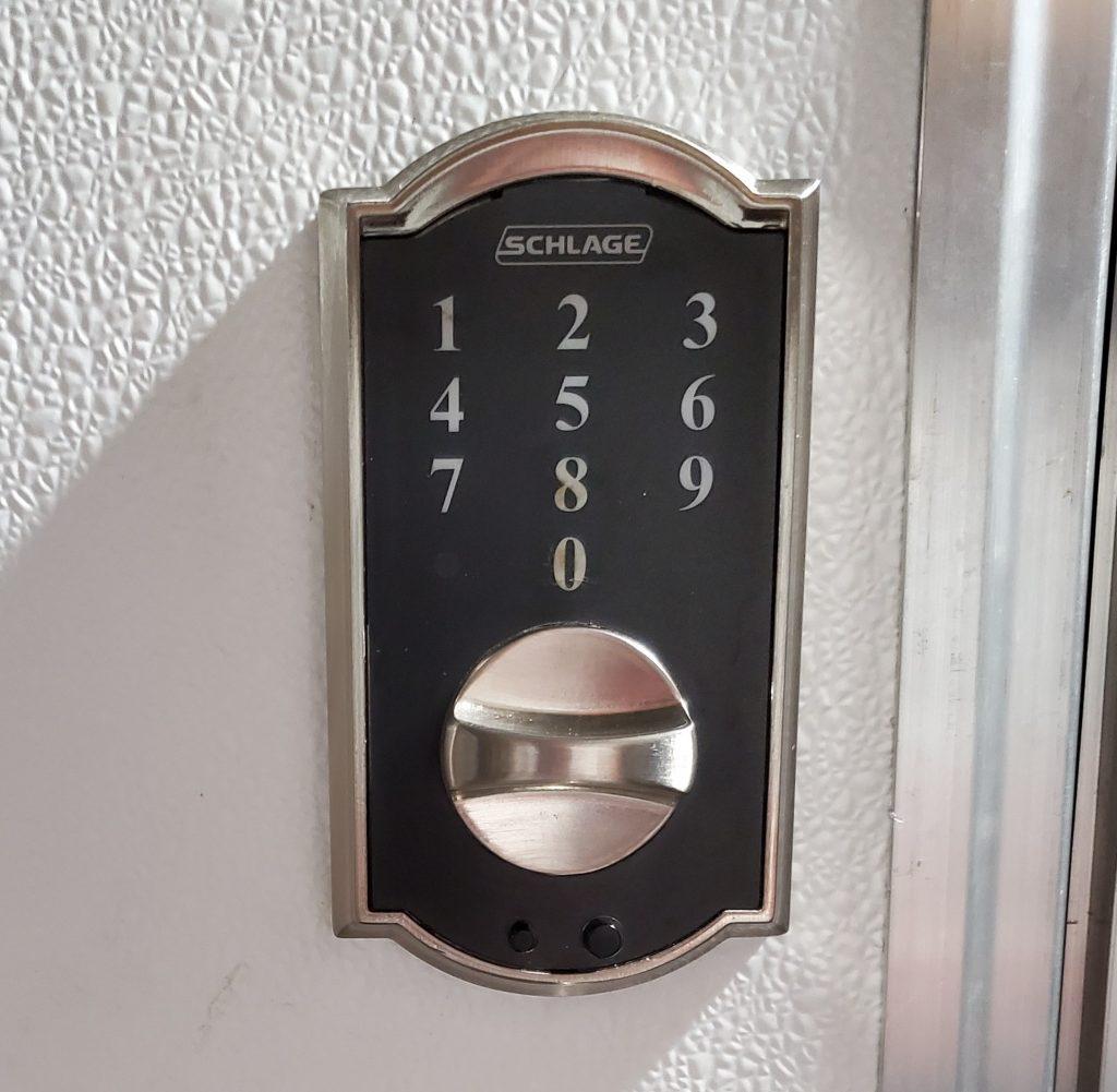 Schalge BE375 Keyless Entry Lock, Battery Powered